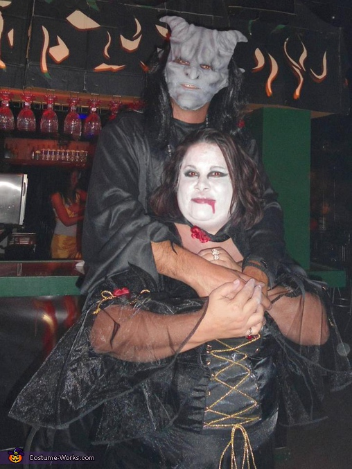 Couple from the Darkside - Homemade costumes for couples