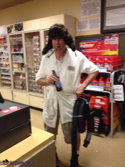 DIY Cousin Eddie Costume