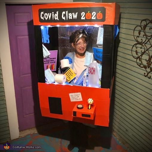Covid Claw 2020 Costume