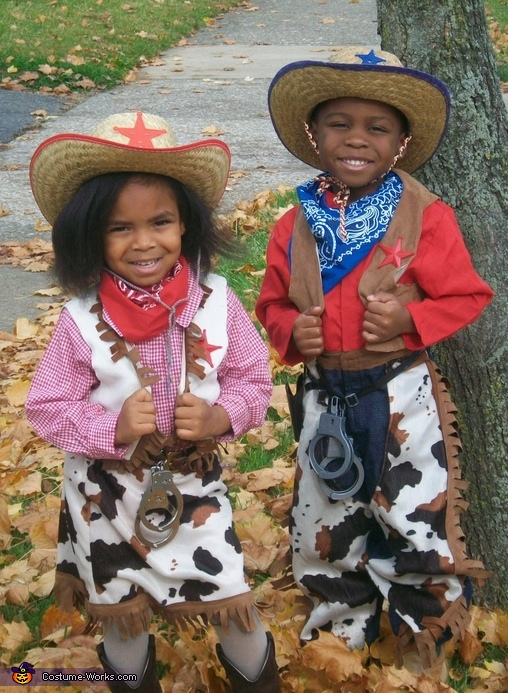 Cowgirl & Cowboy Costumes