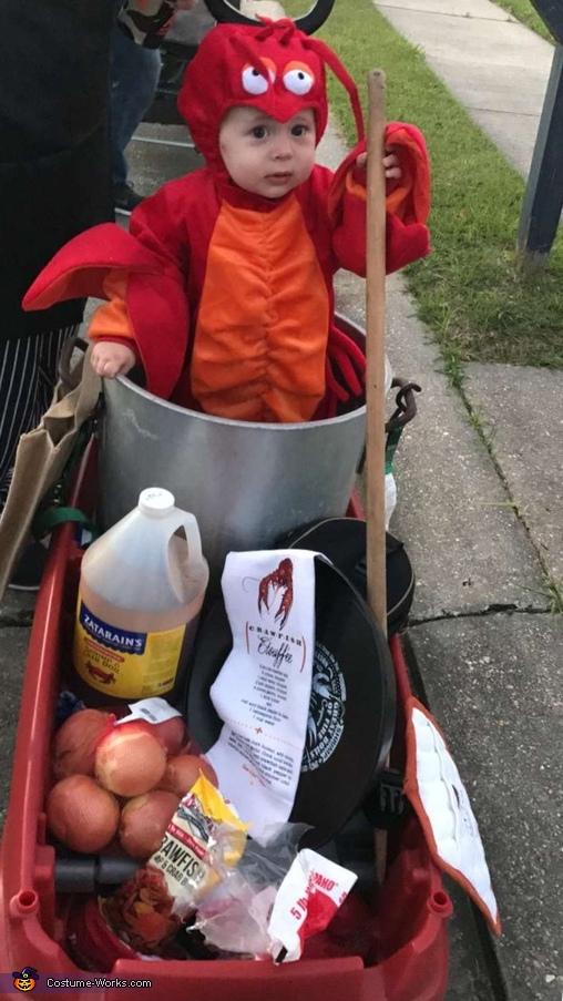 Crawfish Boil supplies, Crawfish Boil Costume