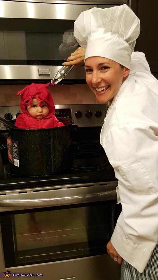 Crawfish is not too happy!, Crawfish Boil Family Costume