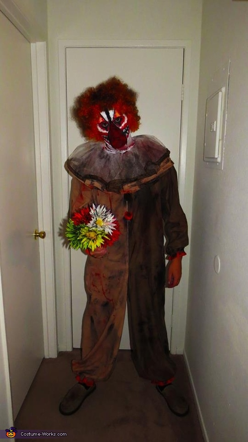 Creepy Clown Couple Costumes
