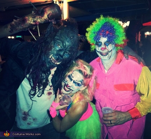 Celebrating the night!, Creepy Clowns Costume