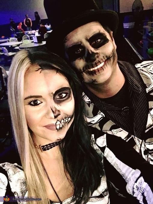 Creepy Skeleton Couple Costume