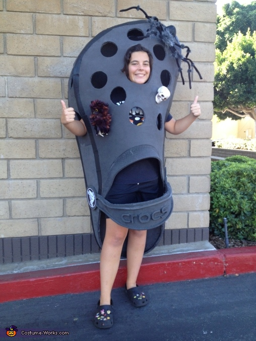 CROC two thumbs up, Croc Shoe Costume