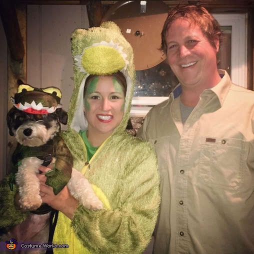 Crocodile Hunter Family Costume