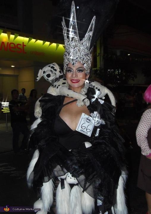 Cruela Devil Costume