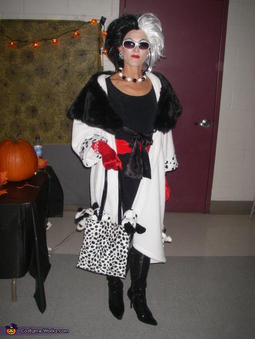 Helen as Cruella, Cruella Deville Costume
