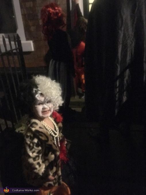 DIY Cruella de Vil Costume