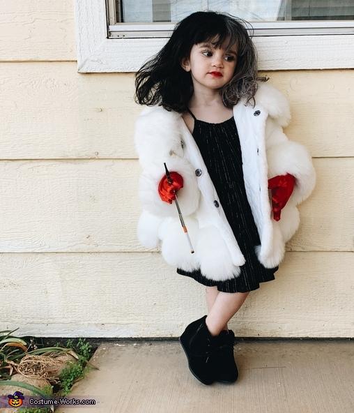 Kinzley as Cruella, Cruella de Vil & Dalmatian Costume