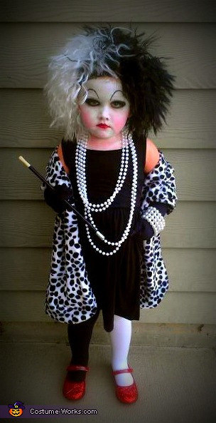 Cruella DeVil - Homemade costumes for girls