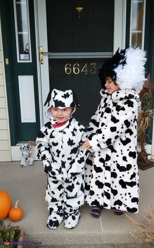 Cruella Deville and Dalmatians Costume
