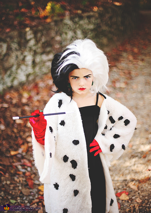 cruella deville girl costume. Black Bedroom Furniture Sets. Home Design Ideas