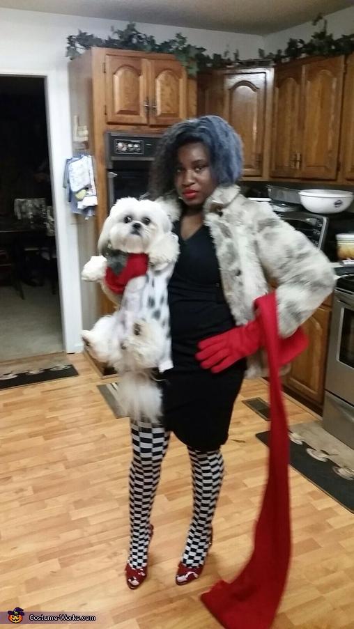 Cruella Deville & Dalmation Barkley , Cruella Deville & Accomplice Costume