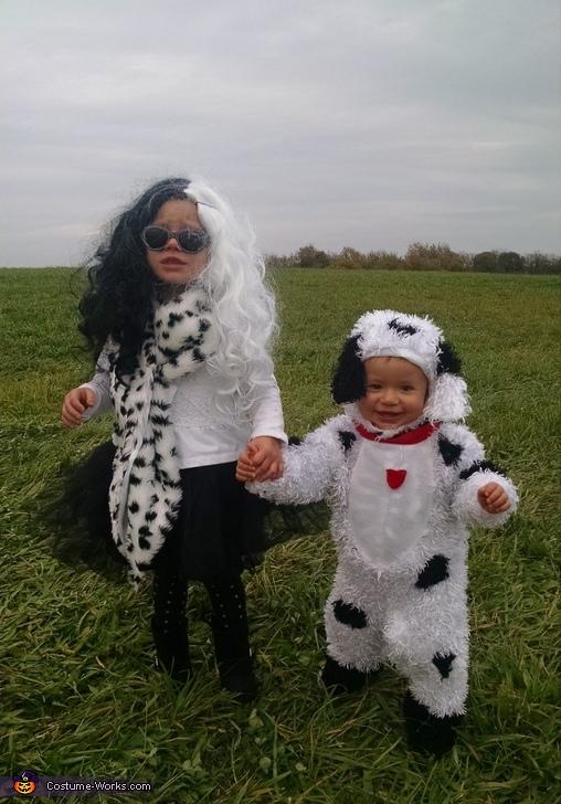 Cruella Deville & Dalmatian Costume