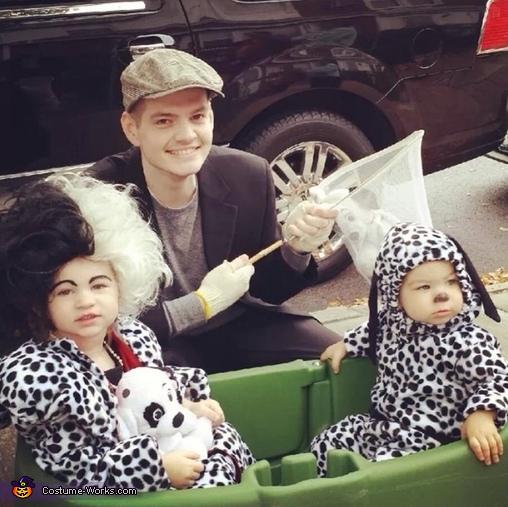 Cruella DeVille n her Captured Puppy Costume