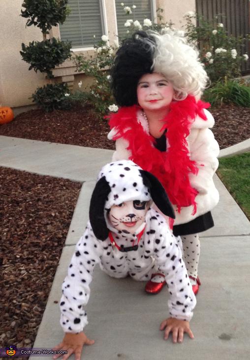 Cruella DeVille & her Dalmatian Costume