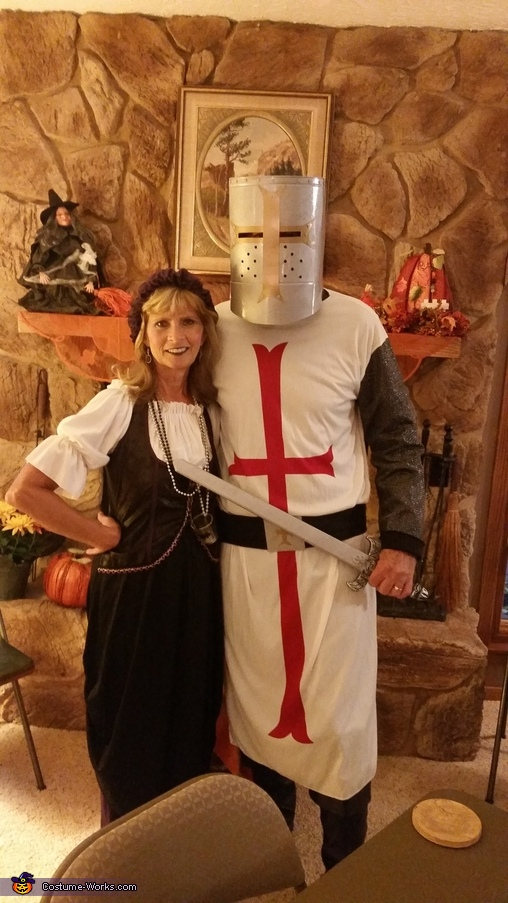 Crusader and Server of the Ale Costume