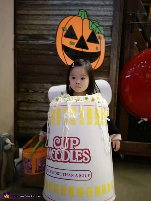 Happy Noodle-ween, Cup Noodles Costume