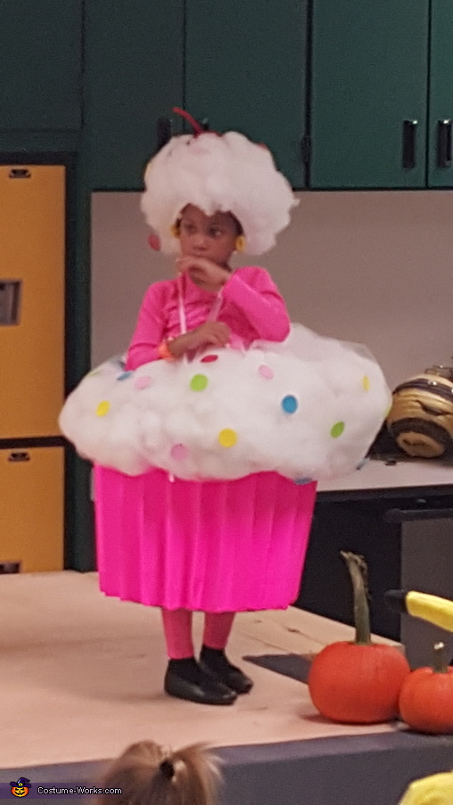 Halloween Costume Contest, Cupcake Costume