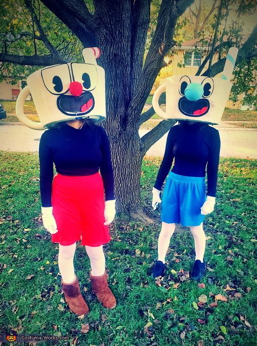 Cuphead and Mugman Costume