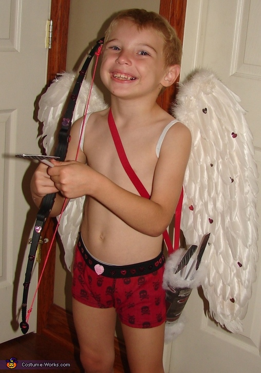Watch out he's coming for you!, Cupid Costume