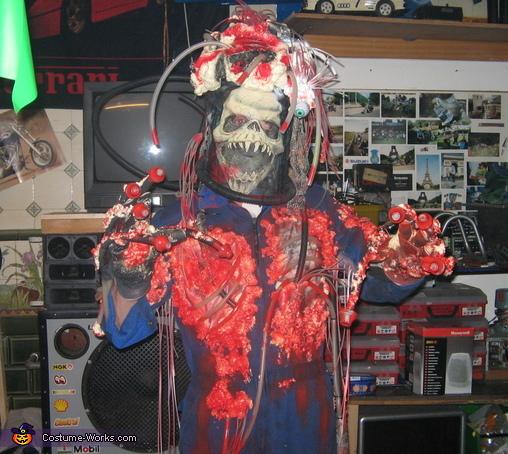 Custom Predator Costume