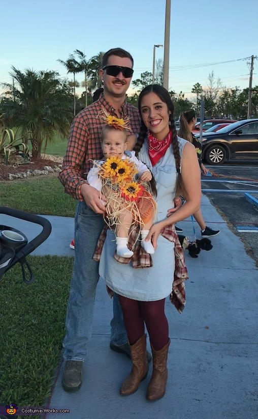 Cute Little Scarecrow Homemade Costume