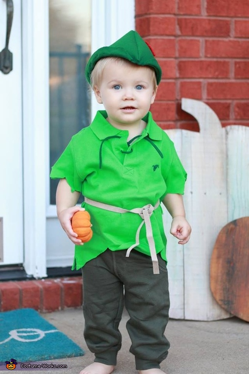 The cutest Peter Pan pumpkin picker you've ever seen :), Cute Peter Pan Costume