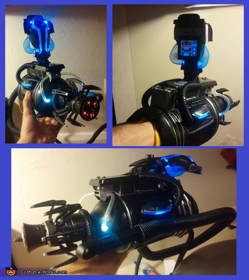 Seeker Claw (Right Hand), Cyborg - Locutus of Borg Costume