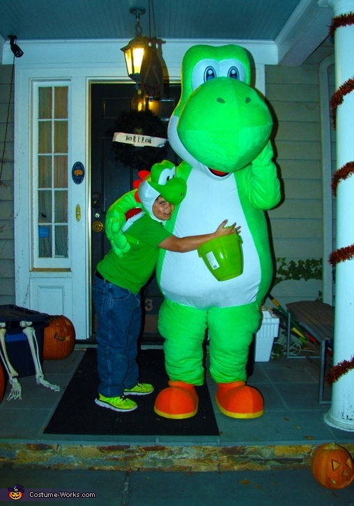 Dad and Son as Yoshi's Halloween night, Yoshi Costume