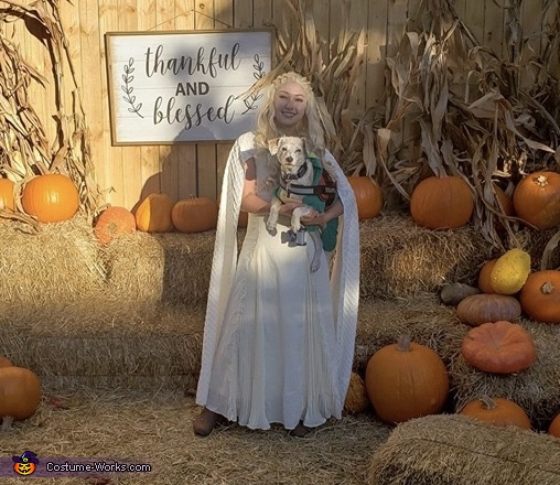 Daenerys and doggo dragon, Daenerys Targaryen and Jon Snow Costume