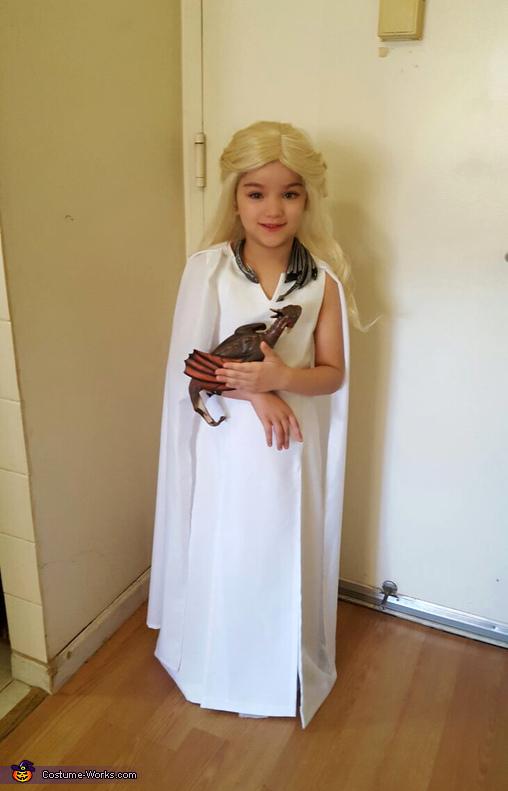 """Daenerys Targaryen """"Stormborn"""" Costume"""