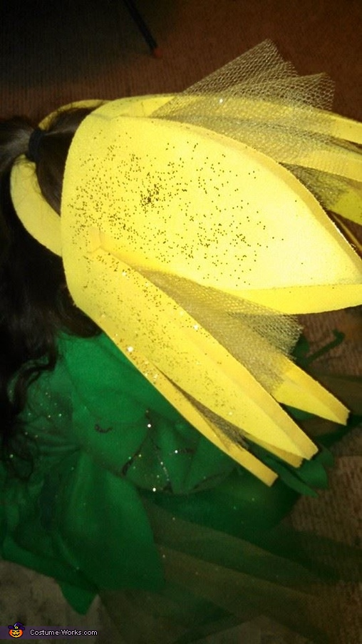Here is the head piece., Daisy Costume