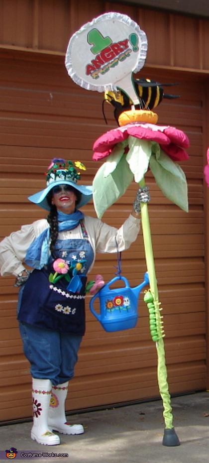 Daisy Gardeness Costume