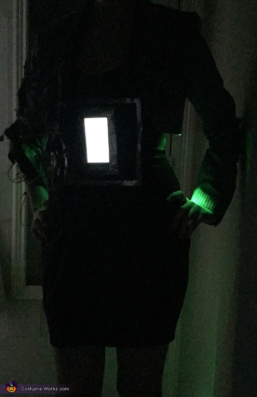 In the dark, Damaged Android Costume