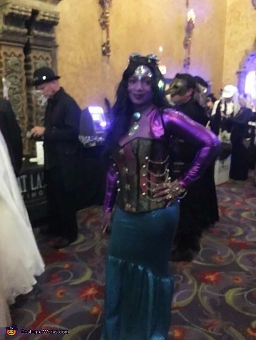 Full Body Dark Mermaid, Dark Mermaid Costume