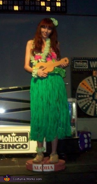 Dashboard Hula Girl Costume