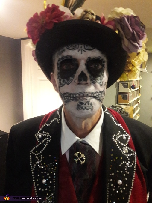 Makeup and hat, Day of the Dead Costume