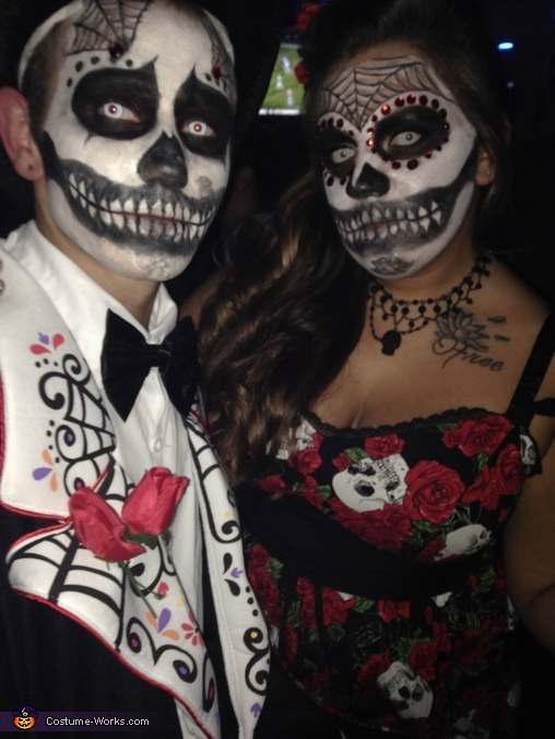 Day of the Dead Couple Costume - Photo 2/2