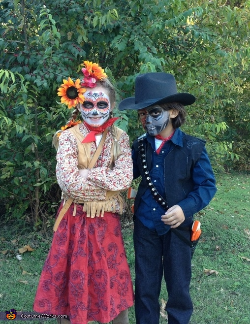 Sweet kids, Day of the Dead Family Costume