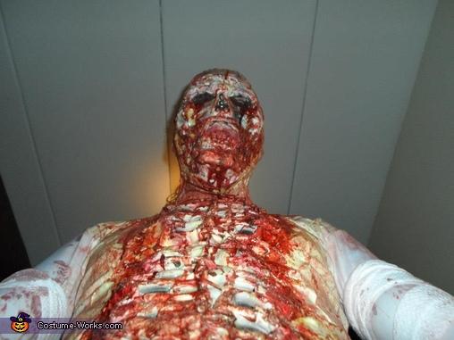 Say Cheesiiee!!!, Dead Walker Costume