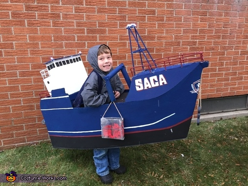 Isaac the Saga, Deadliest Catch Crew Costume