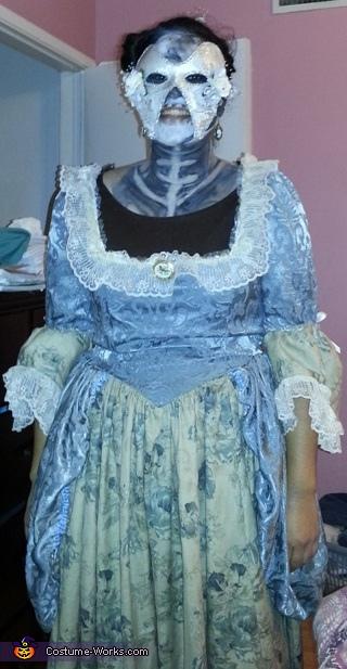 Deadly Masquerade Costume