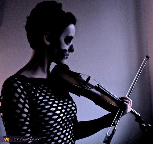 Death and her Violin!, Death and her Violin Costume