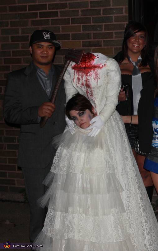 Decapitated Bride Costume