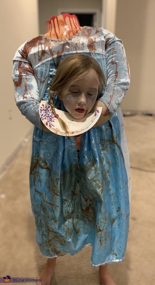 Decapitated Elsa Costume