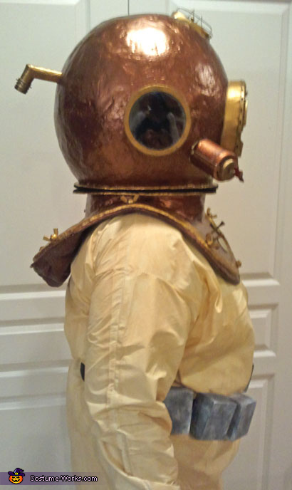 Side 1, Deep Sea Diver Costume