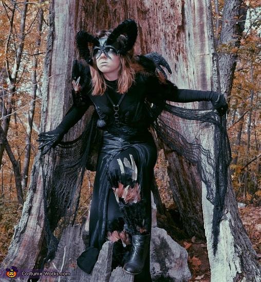 Demonic Sorceress Costume